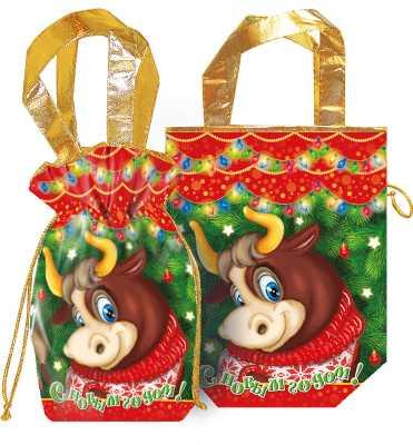 Подарки в новогодних текстильных мешочках